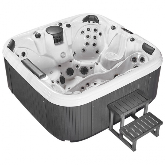 outdoor whirlpool spa